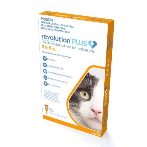 Revolution Plus Medium Cat 2.6-5kg 3 pack